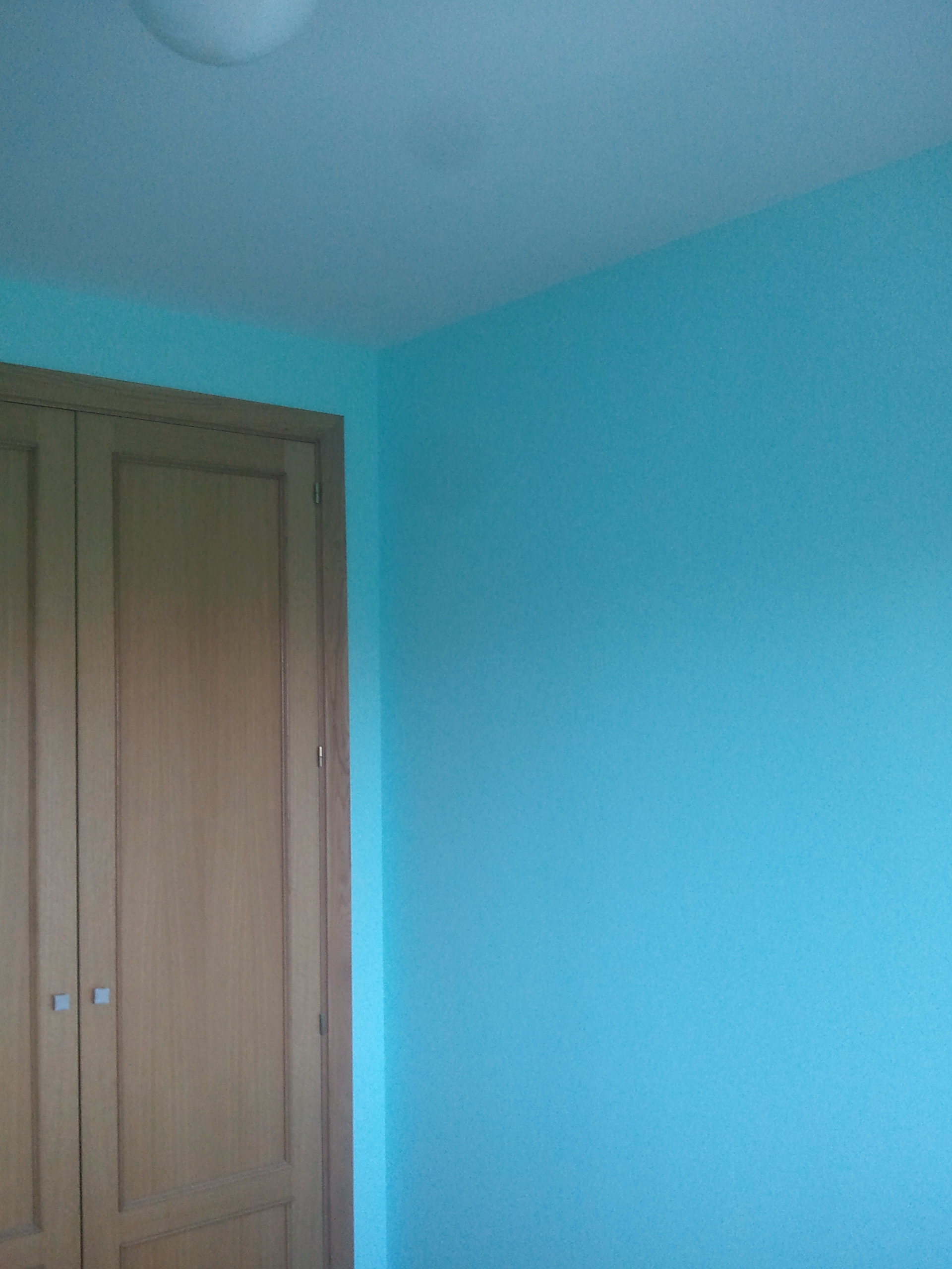 Pintura plastica color verde azulado turquesa pintores - Pintura azul turquesa ...